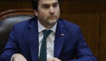 """Subsecretario de Hacienda y sobrino de Jaime Guzmán rechazó dichos de Longueira: """"No nos representa"""""""