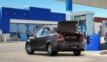 Toyota presentó un sistema de GNC para el Etios