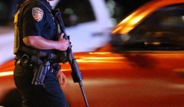Un oficial de California es captado robando la casa de un hombre muerto
