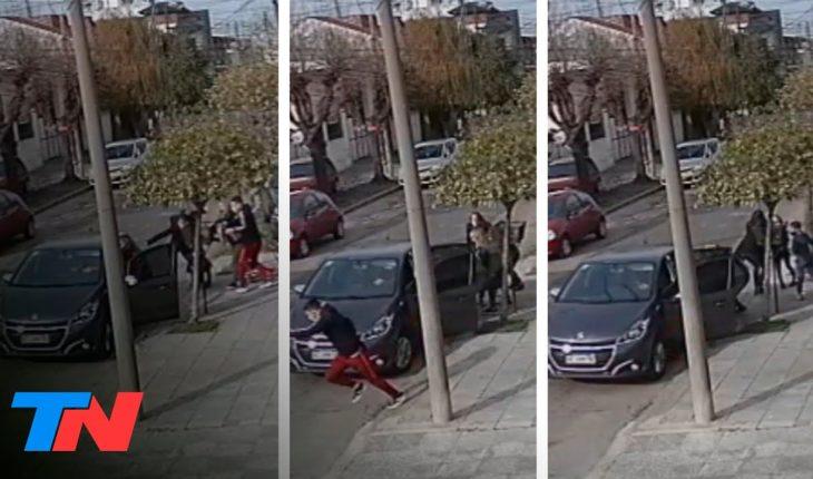 OTRO NENE EN EL MEDIO DEL MIEDO   En Villa Sarmiento casi roban un auto con un chico adentro