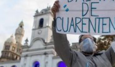 Argentinians back to the streets in protest against confinement