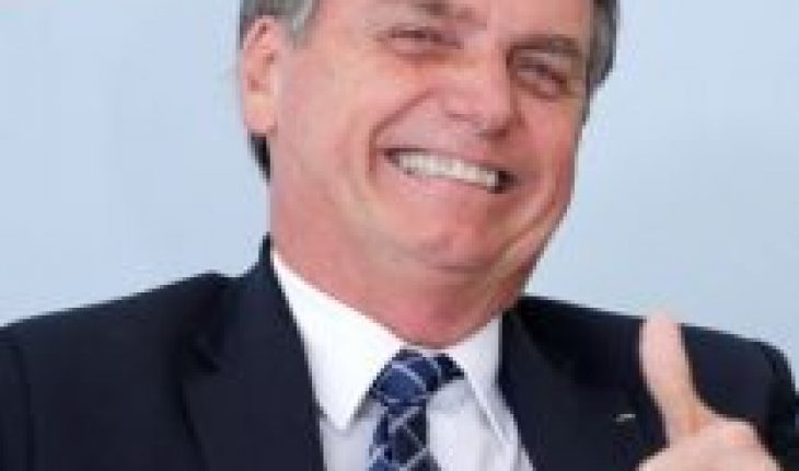"""Bolsonaro says """"staying at home"""" to avoid COVID-19 is for the weak"""