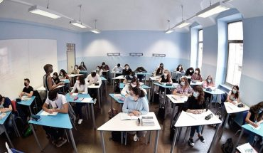 In Italy, face-to-face school classes will begin tomorrow