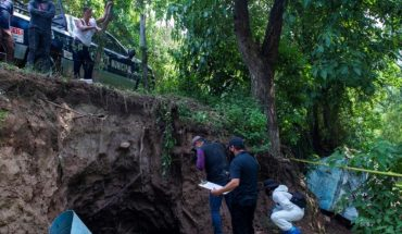 In a cave they try to hide the body of a murdered man in Sanalona, Culiacán