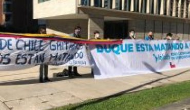Migrant and DD organizations. HH protested outside Colombia embassy: Chile is set to rule on police abuse