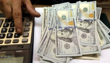 October 1: How much are the dollar and its different exchange rates trading today?