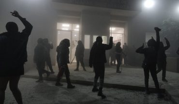 Police attack and detain women who took headquarters of CODHEM in Ecatepec