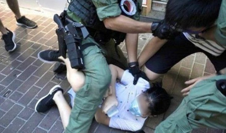 They arrested a girl who went out to buy school supplies during protest in Hong Kong