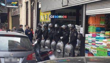 They arrested thirteen people and hijacked 500 stolen phones in Balvanera