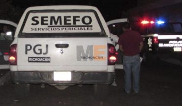 Wrapped in plastic is found the body of a man in Apatzingan, Michoacán
