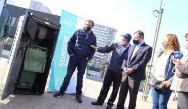 Inauguran sistema de compactadores inteligentes de basura en Estación Central: permiten reducir frecuencia de recolección de desechos hasta en 80%