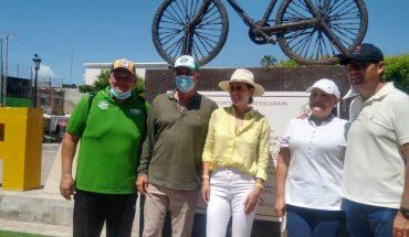 Invita Quirino Ordaz a utilizar bicicletas en Escuinapa