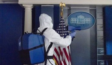Personal y agentes del servicio secreto alarmados por brote de Covid-19 en la Casa Blanca