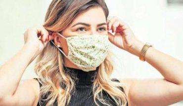 """Plebiscito: urgenciólogo sugirió """"sólo respirar"""" al sacarse la mascarilla"""