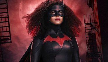 """Primeras imágenes del traje de Javicia Leslie como Batwoman: """"Es importante que la audiencia sepa que es una mujer negra"""""""