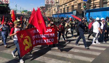 manifestantes enfrentan a policías; solo un grupo llega al Zócalo