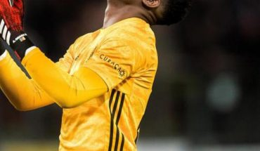Ajax goalkeeper André Onana returns to positive covid