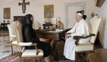 Beatriz Gutierrez Muller meets with Pope Francis; AMLO letter delivery