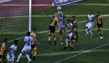 Colo Colo tied 2-2 on discounts with Coquimbo on Quinteros' debut at the bank