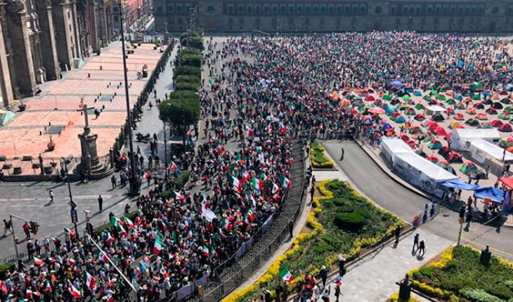 FRENAAA Marches towards the Zocalo