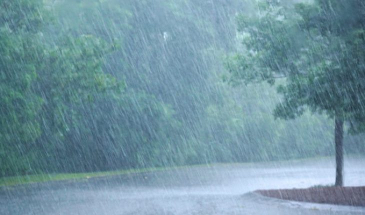 Heavy spot rains in areas of Veracruz, Chiapas, Tabasco, Campeche, Yucatan and Quintana Roo