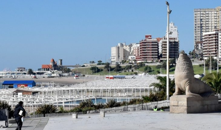 Mar del Plata: they started renting tents for the summer and prepare protocols