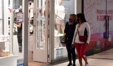Mother's Day: Retail sales fell by 25.1%