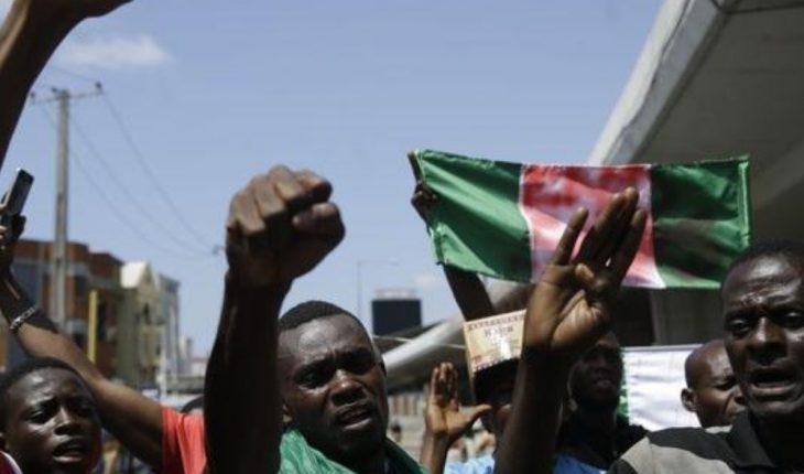 Nigeria's prisons attack and nearly 2,000 prisoners escape