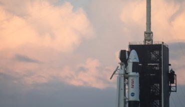 Astronautas del Crew-1 de Space X llegan a estación espacial