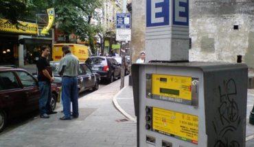 Estacionamiento medido porteño: sin parquímetros y a través de WhatsApp