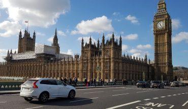 Reino Unido prepara el adiós a los vehículos de combustión a partir de 2030