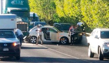 Se registra choque entre 3 vehículos en el periférico de Morelia