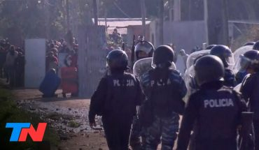 TOMA DE GUERNICA | DESCONTROL Y EXTREMA TENSIÓN EN LOS ALREDEDORES DEL PREDIO: HAY RESISTENCIA