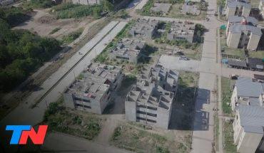 """Toma en Barrio Garrote: usurparon departamentos del plan de viviendas """"Sueños Compartidos"""" en Tigre"""