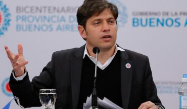 "Axel Kicillof: ""Let's move from flattening to crushing the contagion curve"""