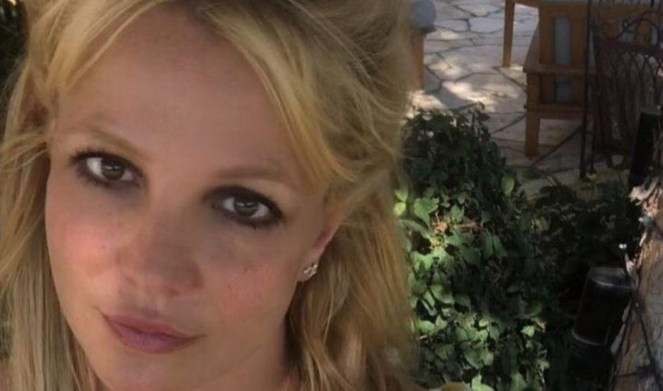 Britney Spears recalls Thanksgiving with endearing message