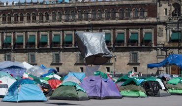 Demonstrators demand liberation from the Zocalo; CDMX police are involved