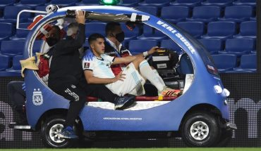 Exequiel Palacios was discharged but still cannot travel to Germany
