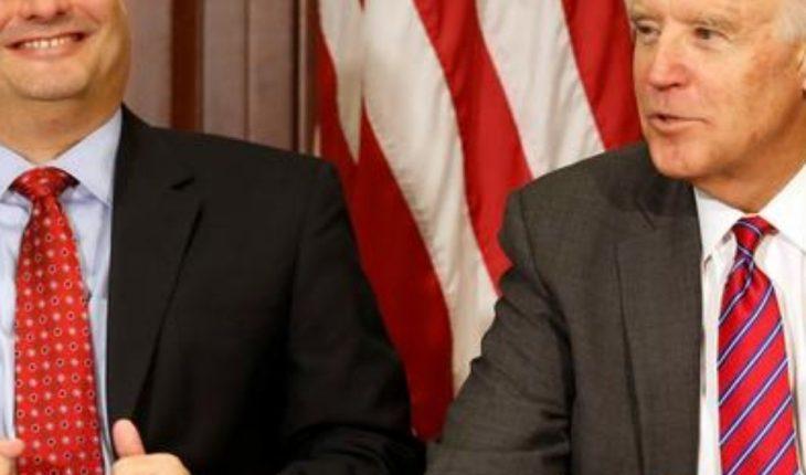 Joe Biden chooses Ron Klain as chief of staff