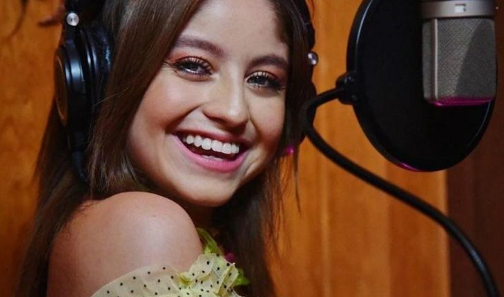 Karol Sevilla shares his Spotify playlist to all his followers