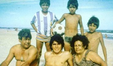 """Lalo Maradona to Diego: """"I ask you to hug Mom and Dad and don't let them go"""""""