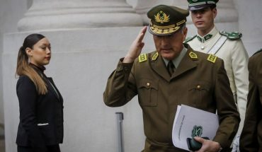 "Mario Rozas leaves Carabineros and Piñera said he had the ""greatest appreciation, admiration and gratitude"" for his work"
