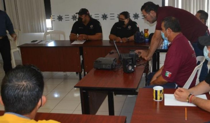Provide bee management training to Ahome Civil Protection