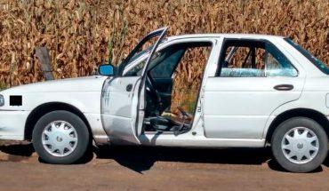 Taxista y pasajero son agredidos a tiros en Tangamandapio, Michoacán