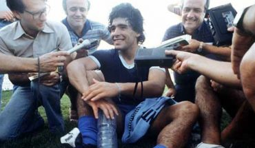 The Government will facilitate the entry of the world press to cover Maradona's wake