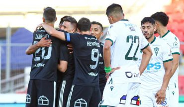 University of Chile prevailed 3-0 against Santiago Wanderers