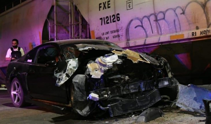 Young man injured after crashing into train in Culiacán