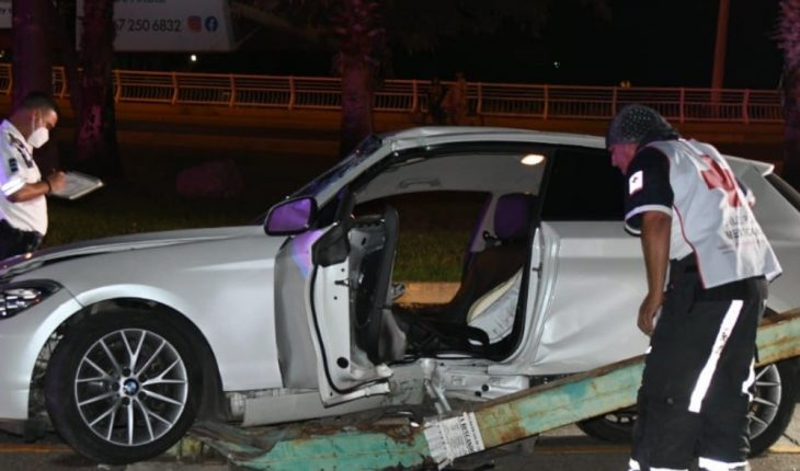 Young man suffers shock to luminaire in Culiacán