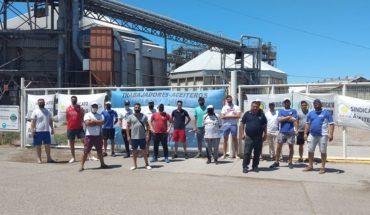 Aceiteros acordaron una mejora salarial y levantan el paro en los puertos exportadores