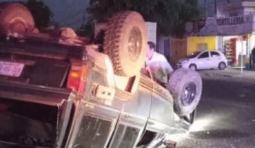 En la carretera Culiacán-Navolato joven se estrella contra poste